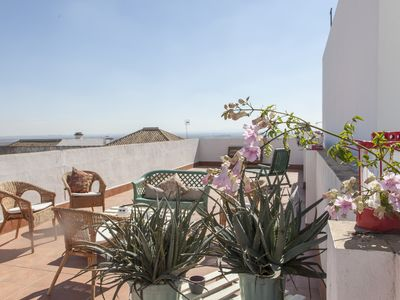Photo for Live the authentic Sevillana countryside - 3 BR apartment