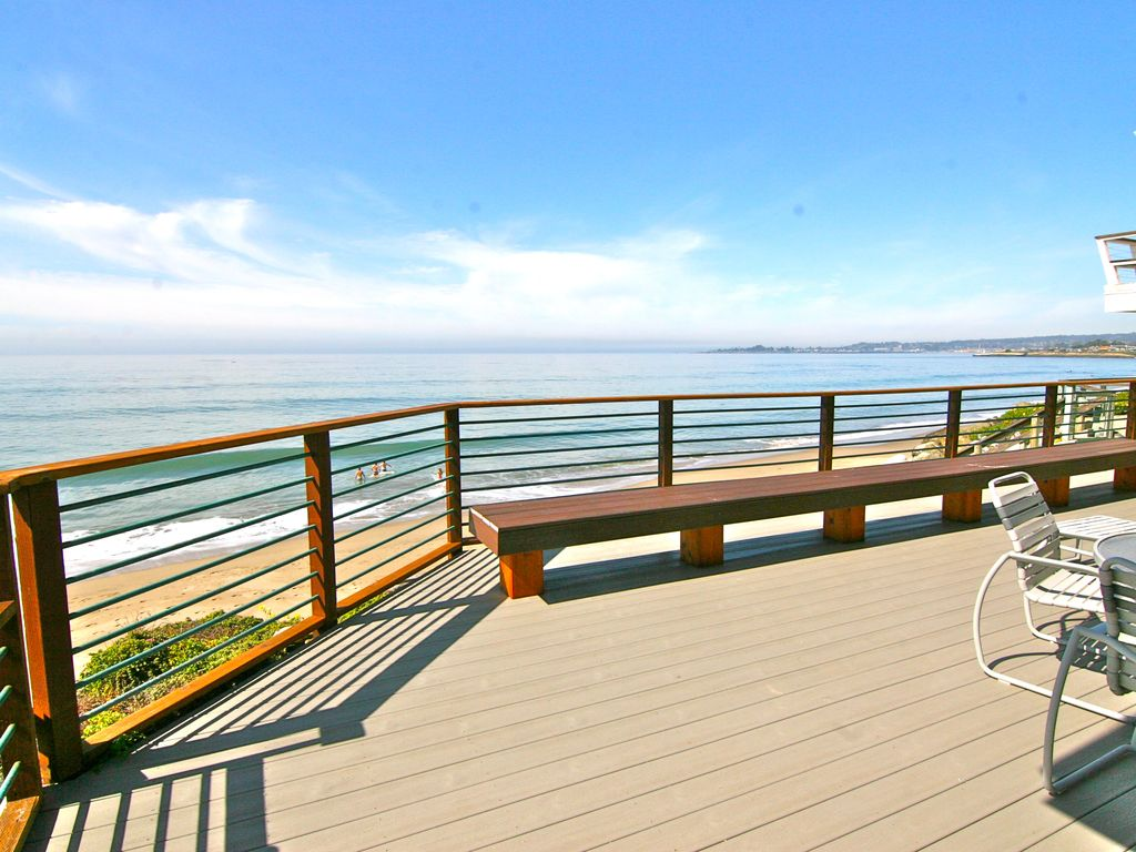 Ocean Front Deck With New Outdoor Dining And Gas Grill