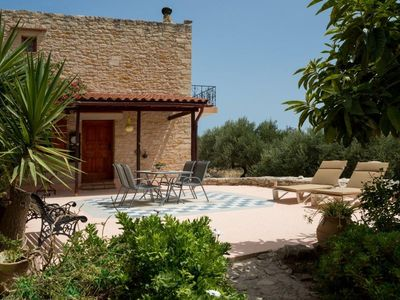 Photo for Quiet stone house with wonderful, sweeping views / Region Chania / Georgioupoli