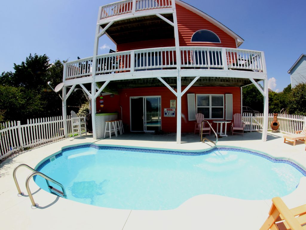 Pet friendly cottage with spectacular unobstructed ocean - Pet friendly cottages with swimming pool ...