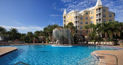Photo for Hilton Grand Vacations Club at SeaWorld, 2 Bdrm