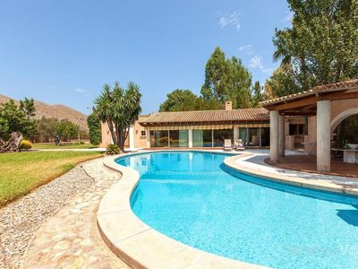 Photo for One bedroom Apartment, sleeps 2 in Sant Vicent de sa Cala with Pool, Air Con and WiFi