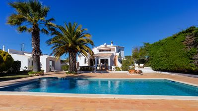 Photo for Tranquil 3 bedroom villa just a short drive from Carvoeiro