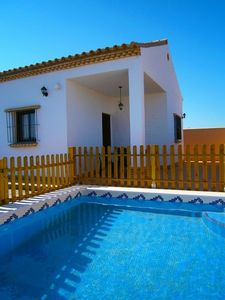 Photo for Villa with pool near coves of Roche