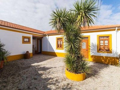 Photo for Rental Espinho for 1 - 5 people with 2 bedrooms - Holiday house