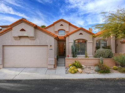 Photo for Gated Tucson Foothill home w/ shared pool, hot tub, & patio