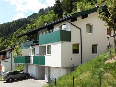 Photo for Stylish apartment for 4 people with stunning views of the Kitzsteinhorn