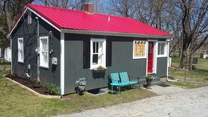 Photo for 1BR Cottage Vacation Rental in Ste. Genevieve, Missouri