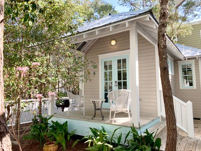 Photo for One Level, One Bedroom Cottage w/Sleeper Sofa-20% Fall Colors Savings
