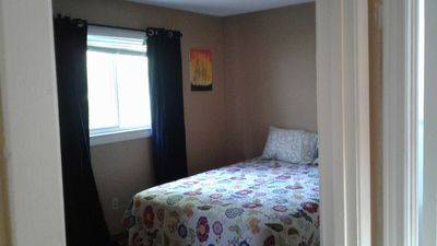 Photo for Gracious, bright 2 bdrm child friendly house in Peaceful Neighbourhood