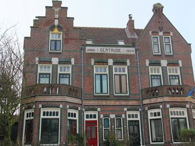 Photo for Lovely family home within walking distance of the beach of Wijk aan Zee.