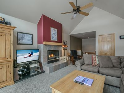 Photo for Large Keystone townhome with slope views, private laundry, and hot tub!