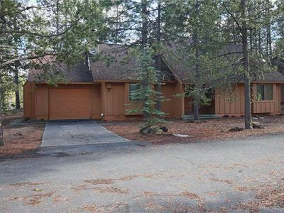 Photo for Cozy cabin near The Village Mall, bike trails, golf courses & more