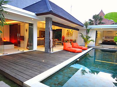 Photo for Villa 2 Bedrooms, 2 Bathrooms with Private Pool 5min Seminyak