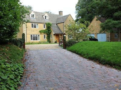 Photo for Very Conveniently Located In The Charming Cotswold Village Of Longborough.