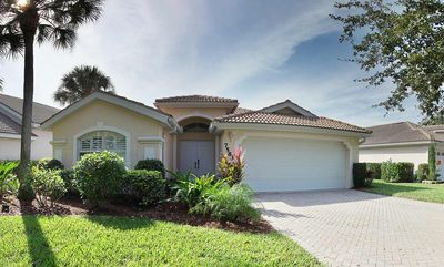 Photo for Beautiful lake Villa in a gated community with private pool