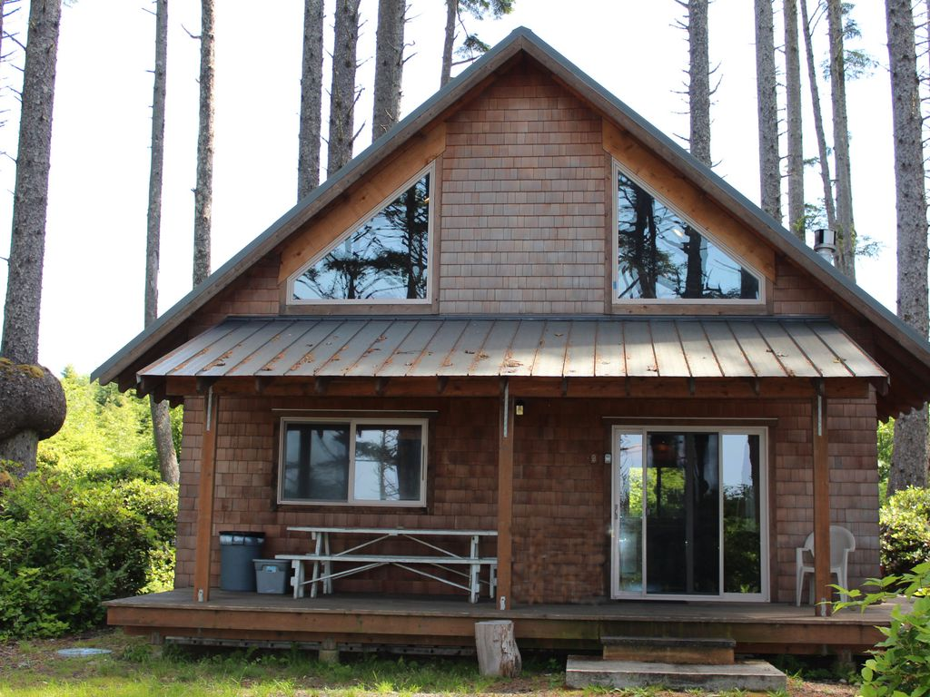 Sea Crest Coastal Cabin Private Oceanfront Woodland Family Retreat Bnb Daily