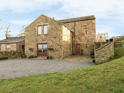 Photo for CASTLE MILL, pet friendly, with open fire in Ravensworth, Ref 924541