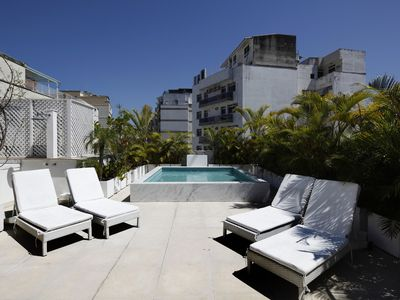 Photo for Rio076-Entrancing 2 bedroom penthouse with pool in Copacabana