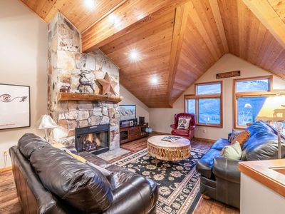 Photo for *FREE SKI RENTAL* 250 Yards to Skiing & Free Shuttle! Updated Home w Private Hot Tub, Smart TV & HBO