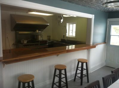 Bar from dining room to kitchen