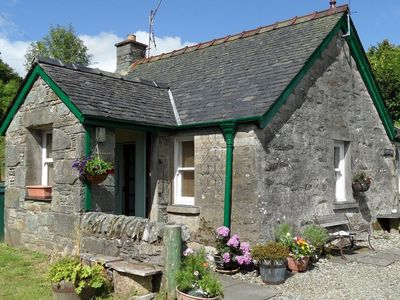Photo for Quiet village location in beautiful valley close to Kilmartin, Argyll. Sleeps 4, pet friendly