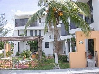 Photo for Charming Condo,Steps to beach in very private,quiet neighborhood. Kiteboarding!