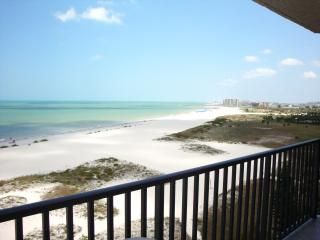 Photo for Luxurious Beach Front condo
