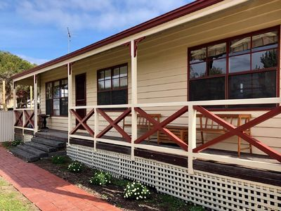 Photo for Gorgeous Goolwa - 3 Bedroom Beachhouse