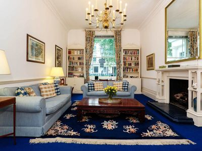 Photo for Traditional style 1 bed  apartment in wonderful Bayswater (Veeve)