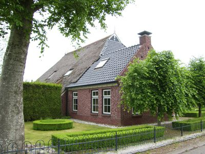 Photo for Beautiful characteristic farmhouse in northern Friesland with hottub and sauna.
