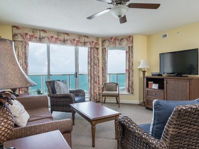 Photo for Perfect 3 bedroom condo, just across from the beach! | Malibu Pointe - 1105