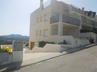 Photo for APARTMENT IN LLANÇA VERY CLOSE TO THE BEACH
