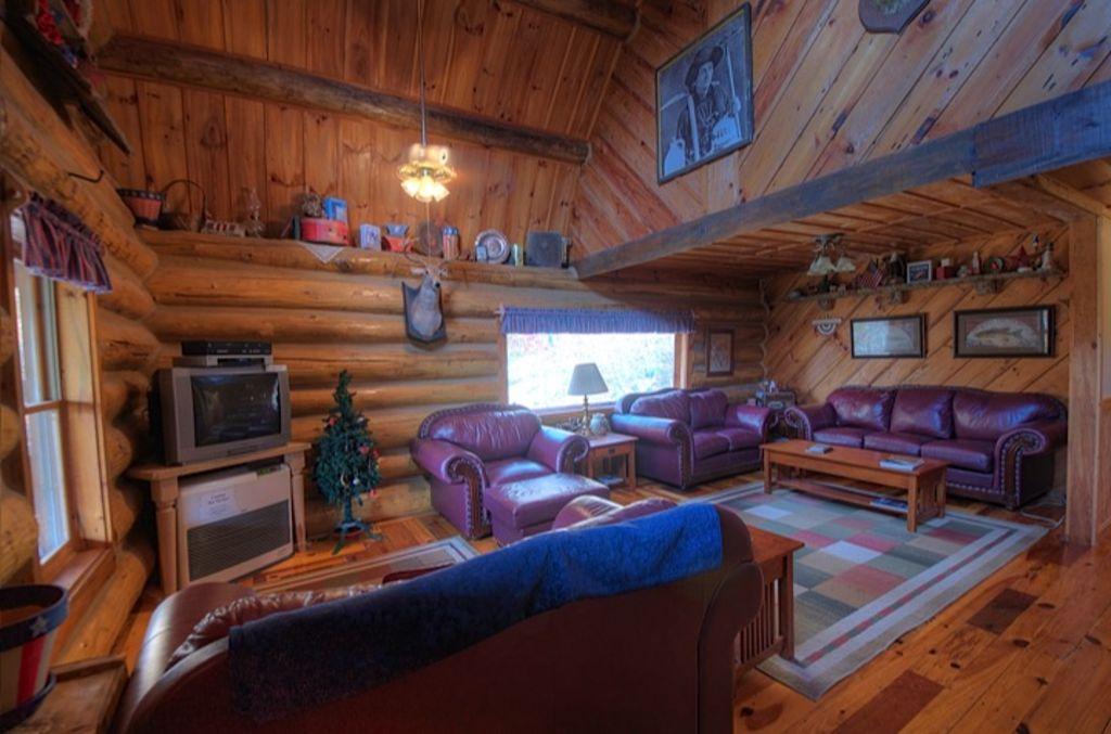 beautiful cabin downtown offer mountain overlooking elk miles ridge all and banner mtn sits to it from has the located view grandfather cabins only on