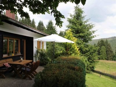 Photo for Detached cottage in an unspoilt south-facing slope at 1000m, forest edge