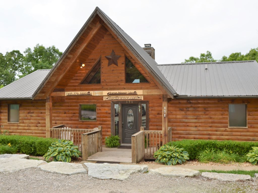 Ordinaire 5 Bedroom Branson Hideaway Cabin Has It All