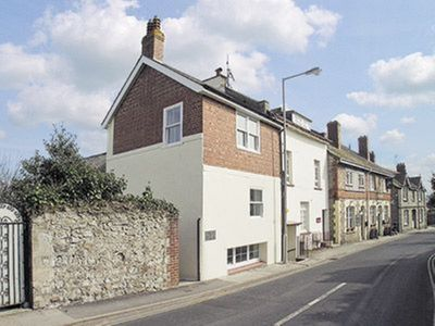 Photo for 2 bedroom property in Lyme Regis.