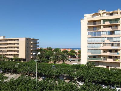 Photo for Apartment Le Soleil in Saint Cyprien - 4 persons, 2 bedrooms