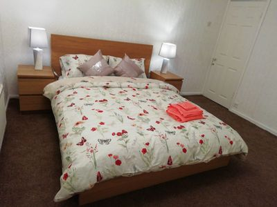 Photo for Lovely, warm , spacious recently refurbished 3 Bedroom House Sleeps up to 10