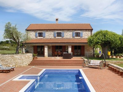 Photo for Old restored vila with pool in Bale