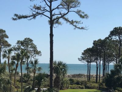 Recently updated-comfortable and nicely decorated! free beach bikes
