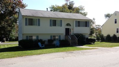 Photo for Narragansett Bonnet Shores Vacation Rental 5 bed2 bath Central Air!