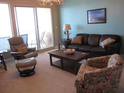 Photo for Treasure Island Gulf Front 2BR / 2BA w/Bunk Room Includes beach chair rentals