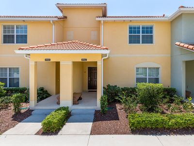 Photo for 4 Bedroom/ 3 Bathroom Paradise Palms (8988CP)