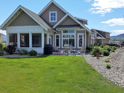 Photo for Enjoy sun, sand, water & wine at Sandpiper Beach House on Canada's warmest lake