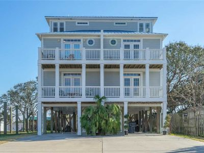 Photo for Still Waves: 4 BR / 3.5 BA duplex - 1 side in Carolina Beach, Sleeps 12