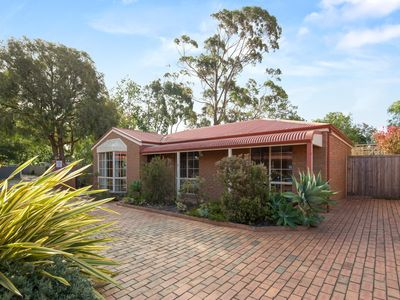 Photo for McKenzie Cottage - Cowes, VIC