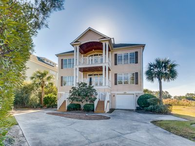 Beautiful southern home in DeBordieu - Great for families, golf cart included