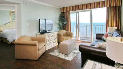 Direct Oceanfront w/ Amazing views Steps to beach*end unit!3bd2ba free parking