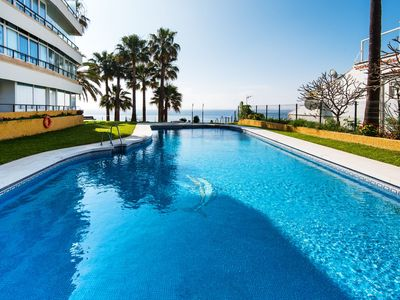 Photo for Apartment in front of the beach, with beautiful sea views, direct access to the promenade with parking space